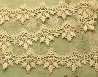Antique cotton guipure lace trim floral trim intricate unique lace dolls flapper millinery dress edwardian