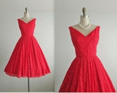 50's Red Dress // Vintage 1950's Red Lace Cocktail Party Valentine's Day Prom Dress S