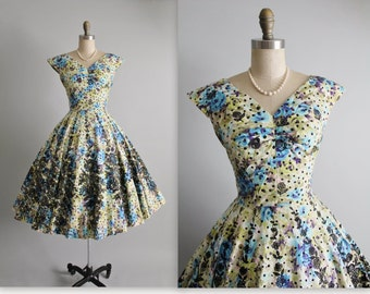 50's Flocked Floral Dress // Vintage 1950's Flocked Floral Cotton Full New Look Garden Party Dress S
