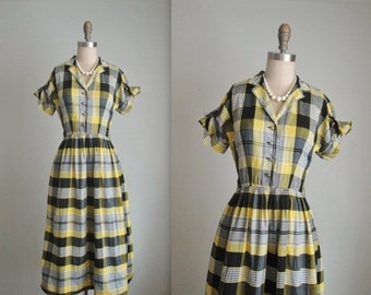 STOREWIDE SALE 50's Plaid Shirtwaist Dress // Vintage 1950's Yellow Plaid Cotton Full Casual Shirtwaist Dress XS
