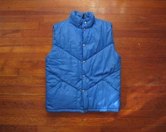 mens vintage North Face down vest