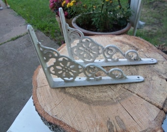 Pair of Iron Brackets, Small, White, Cast Iron