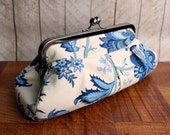 Cream and blue pleated clutch purse in frame, evening clutch, floral evening bag, kisslock frame