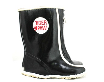 Boys Black Galoshes - Child Size 8 - Authentic 1960s - Boy's 60s Rain Boots - Tiger Paw - Kitsch Mid Century Shoes - Deadstock - 45579