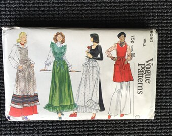 Vintage 1970's Vogue 9050 Misses Apron Sewing Pattern Size Small  8- 10 Ruffles UNCUT