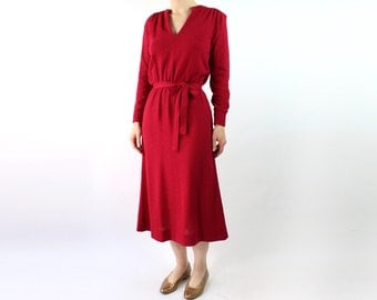 VINTAGE 1970s Raspberry Knit Dress Belted