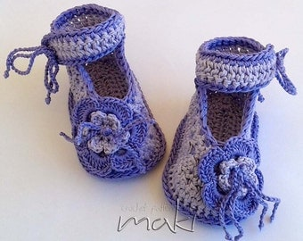 Crochet pattern baby booties - Perfect for special occasion like Christening - Crochet baby booties pattern. Large pictures. Pattern No. 106