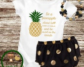 Be a pineapple baby bodysuit, gold and green, glitter baby shirt, sparkly shirt, take home outfit, Baby Gift, Baby girl Clothes