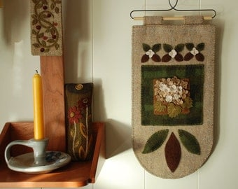 Wool applique hydrangeas wall hanging felted hand dyed mill dyed wool penny rug plaid green tan wool
