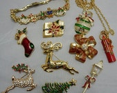 10 pc Christmas Brooch Bracelet Pin Lot #4