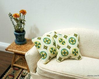 Retro pinwheels and stars pillows - set of two - dollhouse miniature