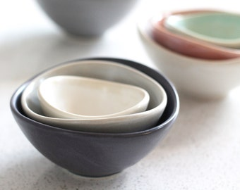 Mini Nesting Bowls - Navy, gray, white - set of 3 - Pottery Bowls - Stacking  prep bowls