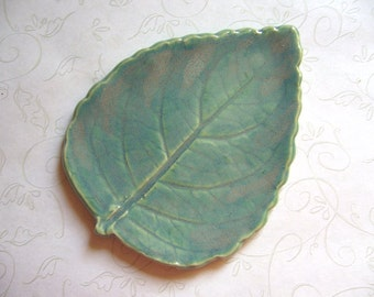 Toasted Sage Pottery Leaf Spoon Rest