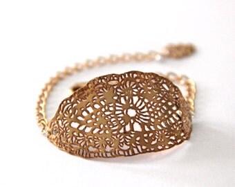 rose gold bracelet, leaf Lace bracelet ,24 karat rose gold plated,adjustable chain,nickel free