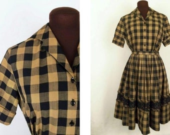 Vintage 50's 60's Dress 2 Piece Skirt and Blouse Black and Mocha Brown Checked with Black Lace Trim Size S / M