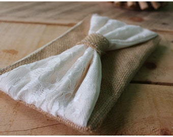 Burlap Wristlet - Rustic Wediding - Country Wedding - Bridesmaids Gift - Wedding Clutch - satin lace - Lace Wristlet - Lace Bridesmaids gift