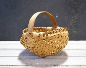 Small Buttocks Basket