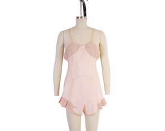 Vintage 30s LINGERIE TEDDY / 1930s Palest Peach SILK & Lace Boudoir Step-In Romper Xs - S