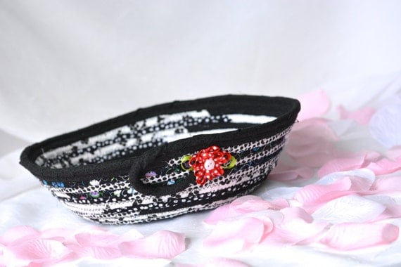 Cute Key Holder, Gift Basket, Handmade Black and White Fabric Bowl, Kitchen Catchall, Cute Desk Accessory, Decorative Basket