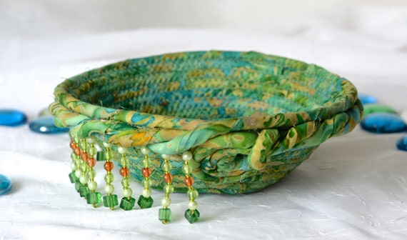 Ring Bling Holder, Handmade Batik Basket, Decorative Bowl, Lovely Gift Basket, Green Catchall Basket, Yarn Bowl, Ring Holder
