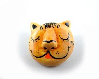 Shy Cat - Wearable Art Pin