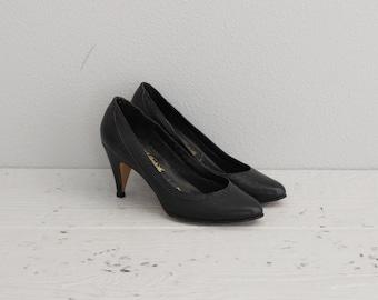 Black Leather High Heels . Vintage Womens High Heels . Pinup Shoes