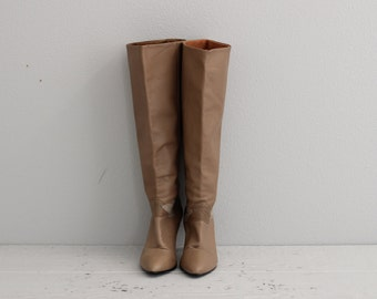 Tan Leather Boots . Tall Vintage Boots . Womens High Heel Boots