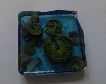 Terrarium/Fairy Garden Resin Pond with Lily Pads/Miniatures