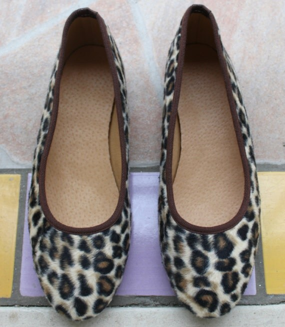 Leather shoes womens/ Leopard shoes  leather ballet flats-Ballerines imprimé léopard