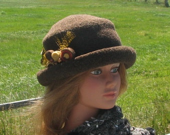 Knit Felt Brimmed Bowler Crusher Hat Grizzly Brown Heather Mod Pin