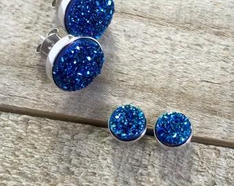 Tiny Blue Druzy Studs, Druzy Studs, Druzy Earrings, Drusy Earrings, Titanium Druzy Quartz Earrings, Sterling Silver Bezel Set Earrings