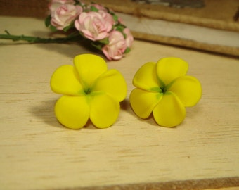 Sweet Yellow Plumeria Frangipani Stud/Post Earrings (E70)