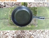 """Vintage Unmarked Cast Iron 8-1/8"""" Skillet Double Spout No. 5 Cornbread Pan Rustic Kitchen Wedding Gift"""
