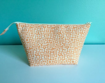 Zippered Flat Bottom Knitting Project Pouch Bag Tote Medium Size Geometric Coral Peach Cream