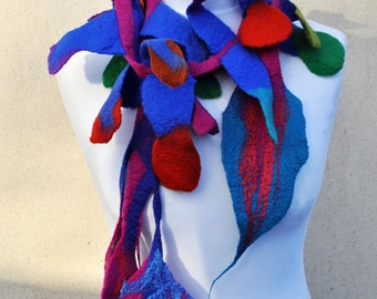Felt scarf, necklace, leaves, green, pink, blue, red, yellow, orange, purple