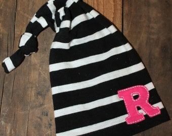 Personalized Initial Hat - Newborn Hat - Black and White Striped Hat - Newborn Hat - Newborn Photo Prop - Newborn Girl - Coming Home Set