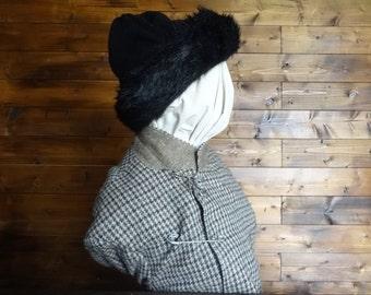 Vintage English black faux fur knit hat woman ladies unisex size m circa 1970-80's / English Shop