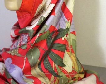 """Hermes Flora Graeca Scarf by Artist Niki Goulandris Red Floral with Lilac Green Gold 35"""" x 35"""""""
