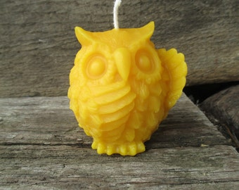 Wise Owl Beeswax Candle