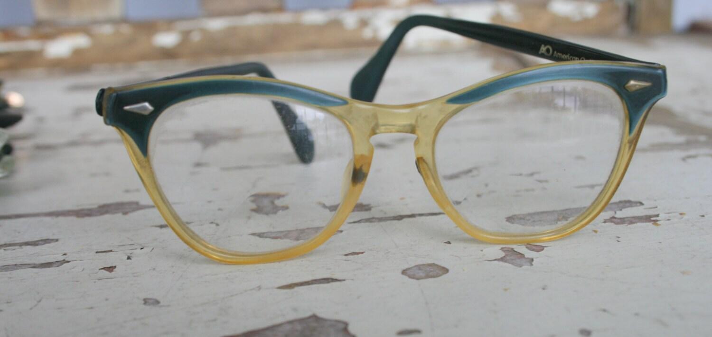 7f66f2ddc115 1950s 1960s Vintage CAT EYE Glasses....vintage eyewear. fancy. cat