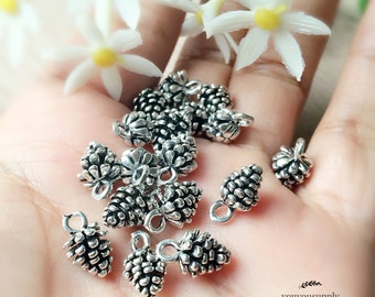 5pcs Delicate Antique Silver Pine Cone Charm