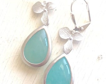 Aqua Dangle Earrings with Silver Orchid. Mint Dangle Earrings. Aqua Drop Earrings. Bridesmaids Jewelry.