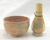 Shino Matcha Tea Bowl (30415A) Set with Whisk and Whisk Holder
