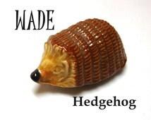 Vintage Hedgehog WADE Whimsie ceramic Small figurine England Collect Woodland