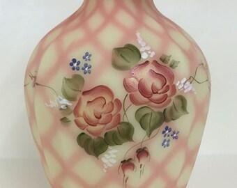 Fenton Burmese  Diamond Optic Vase