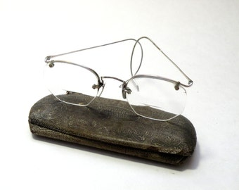 Good Shape- Cool Vintage- Antique Early 1900s 12 K Wire Rimmed Reading Glasses- 12 K METAL NOSE BRIDGE- Case- Pittsburgh Pa