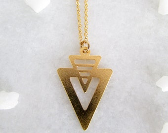 Delicate Gold V Necklace - Geometric V Necklace, Geometric Jewellery, Delicate Necklace, Minimal Necklace, Minimalist Necklace, Trending now