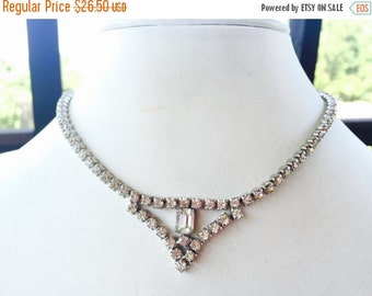 MOVING SALE Half Off True Vintage 1950s Clear Rhinestone and Swag Bridal Wedding Necklace