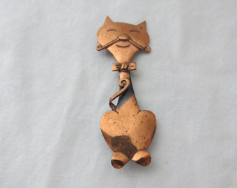 Vintage Copper Happy Cat Figural Costume Jewelry Pin or Brooch