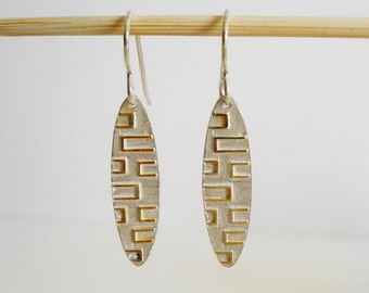 A pair of sterling silver earrings 18k gold plated oval earrings dangle earrings drop earrings